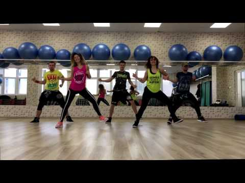 DESPACITO - Luis Fonsi Ft Daddy Yankee - Zumba Choreo by FlavourZ Crew - ONLY PC