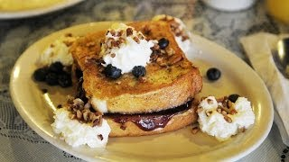 Stuffed French Toast At Colonial Pancake House In Hot Springs, Ar - Off The Eaten Path
