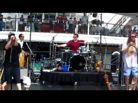 The Dirty Heads - Check the Level (Live from the 311 Cruise 5/13/12) HD