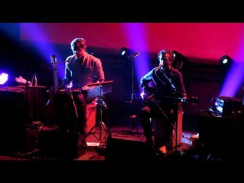 Flight of the Conchords - Inner City Pressure (live in UK 2018)