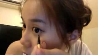 韓式 乾淨粗黑眼線妝 - 詳細教學 How to do Korean pop star make-up! thumbnail