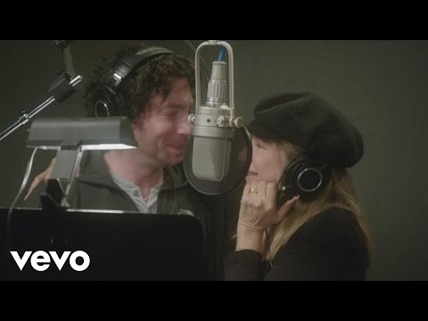 Barbra Streisand - Partners Trailer