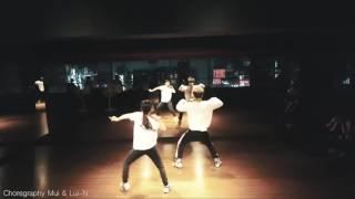 Video PPAP (Pen Pineapple Apple Pen) - Choreography by Mui ft Lui-N download MP3, 3GP, MP4, WEBM, AVI, FLV Januari 2018