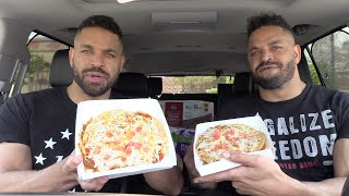 Eating Taco Bell's Mexican Pizza