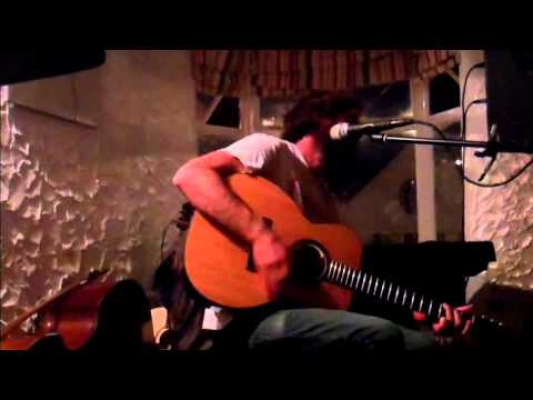 Neil Halstead performs 'Daydreamer' at Cafe Irie - 23rd June 2013