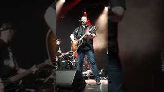 Chris Young Manchester 2019 'Raised On Country' Video