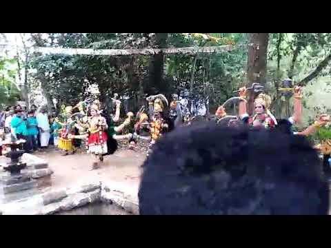 Sree irattakulangara vela mahothsavam 2019 pazhaya kallekkad brothers team