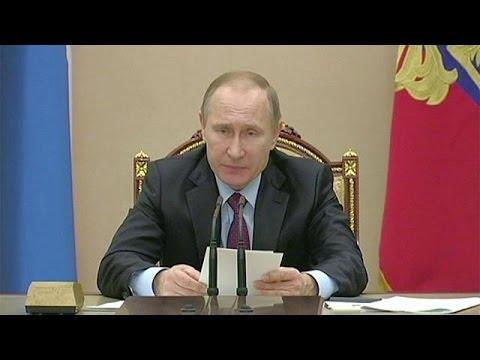 Putin se propone acelerar las privatizaciones por el agujero presupuestario en Rusia - economy