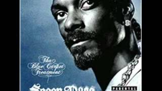 Snoop Dogg - Smoking smoking Weed (+ lyrics)