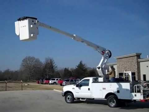(Stock # 8203) - 2000 Ford F550 - Altec AT35G Bucket Truck