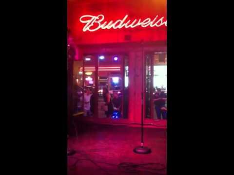 Tyler Poe @ wannabes in Nashville Tennessee  karaoke