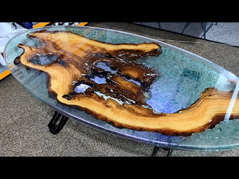 Epoxy table - Oak and cracked resin
