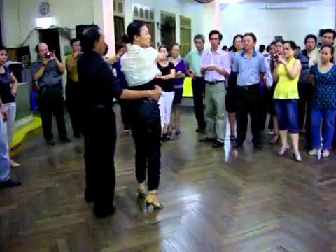 Khieu vu Bebop lop 4 bài 1_Vũ Sư Lê Nguyet & trợ lý