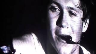 Apagan el micrófono de Niall Horan