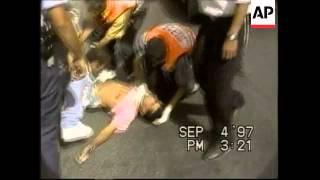 ISRAEL: JERUSALEM: 6 PEOPLE KILLED IN HAMAS SUICIDE BOMB ATTACK UPDATE