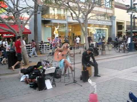 Santa Monica - Promenade Singer