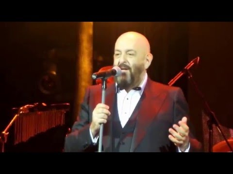 вошли жизнь концерт михаила шуфутинского в 2016 году в москве жильцов перевод