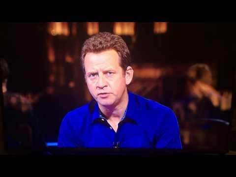 Roy Hodgson quits on TV
