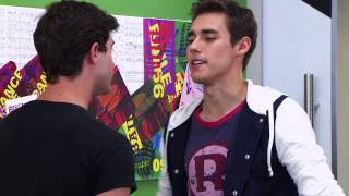 Vilu canta ¨Hoy somos mas¨ | Momento Musical | Violetta