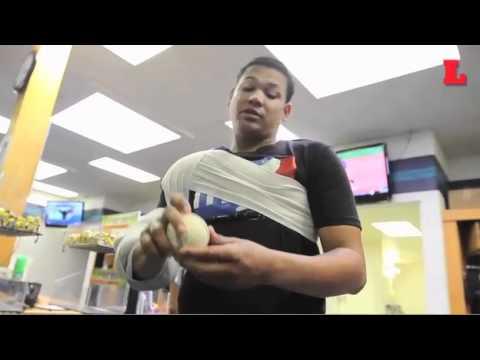 Félix Hernández enseña unos tips de picheo