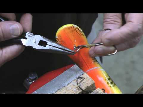 Best ever Fishing hook quick change. Free Fishing Video on  Species  by WillCFish Tips and Tricks.