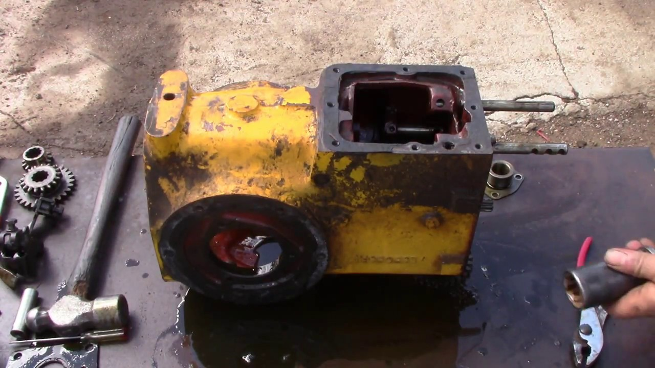 farmall cub and early cub cadet transmission repair [ 1280 x 720 Pixel ]