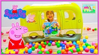 Peppa Pig Surprise Toys School Bus Ball Pit!