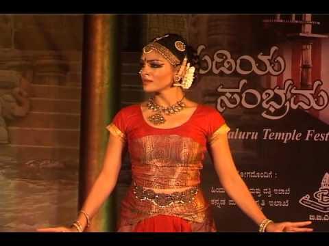 Rukmini Vijayakumar Kochadaiyaan Rukmini Vijayakumar : ...