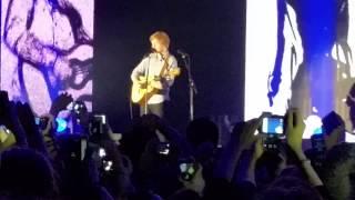 Ed Sheeran - One (intro 'Con te partirò') LIVE @Alcatraz, Milano (20/11/2014)