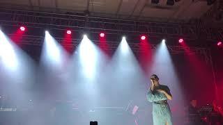 Download lagu Raisa - Takkan Terganti (Yovie And His Friend)