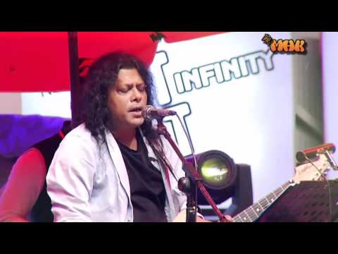 James Live Song  Amar sonar Bangla Ami toamt valobasi