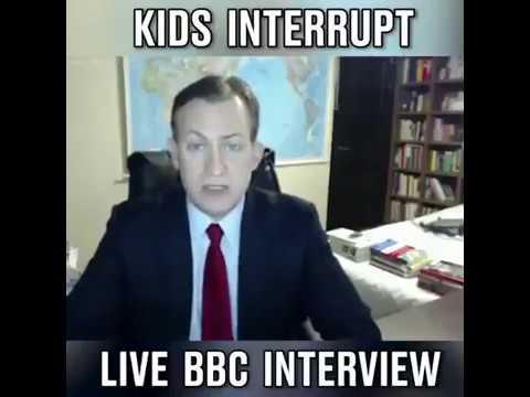 Bebe interrumpe entrevista de BBC  \ kids interrump live bbc interview