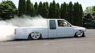 Burnout Challenge 1990 Isuzu Pickup