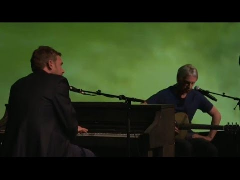 Damon Albarn + Paul Weller + Orchestra of Syrian Musicians : Blackbird (Beatles cover)