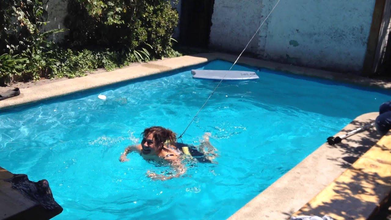 Invento para nadar piscina olimpica en casa super splash for Hacer piscina climatizada en casa
