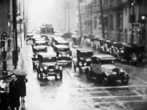 Street Scenes of Toronto: 1917, 1930-1935