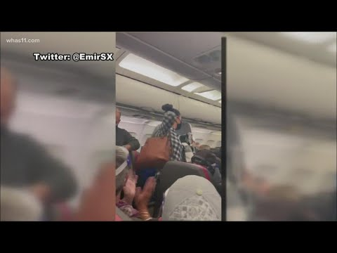 Passenger removed from plane for refusing to comply with flight's face mask requirement