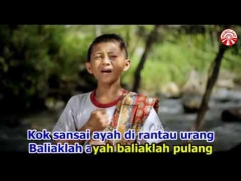 Free Download Fadly - Mande Rilakan Ayah Bajalan [official Music Video] Mp3 dan Mp4