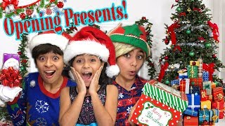 Opening Presents Christmas Morning - Comedy What I Got For Christmas 2017 - Vlogmas // GEM Sisters