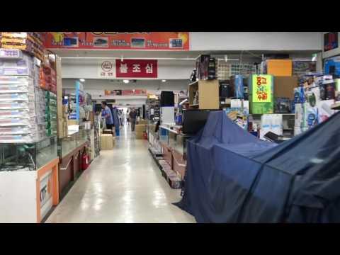 Electronics Market in Yongsan, Seoul