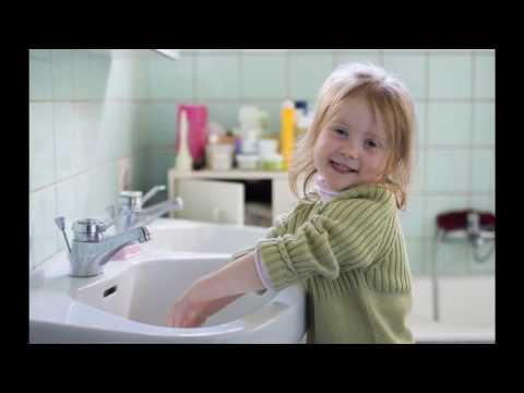 Le lavage des mains pour jeunes enfants