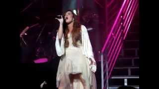 Demi Lovato - Moves Like Jagger (HQ) Live Performance In Detroit