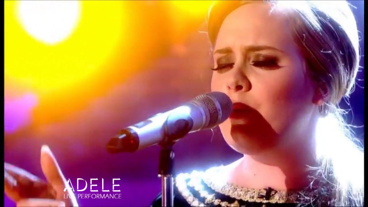 Download Adele - Set Fire To The Rain (Live on The Graham Norton Show)