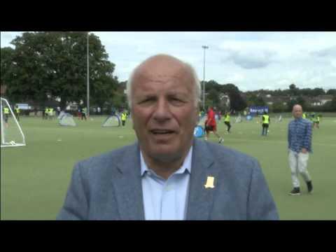 FA Chairman Greg Dyke says Qatar 'to hot' for World Cup