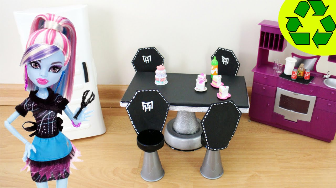 How to Make a Fangtastic Doll Dining Room Table u0026 Chair Set- Doll Crafts - simplekidscrafts - YouTube : monster high table and chairs - Cheerinfomania.Com