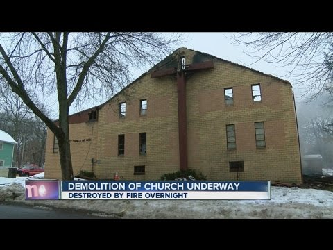 Church destroyed by fire in Jamestown