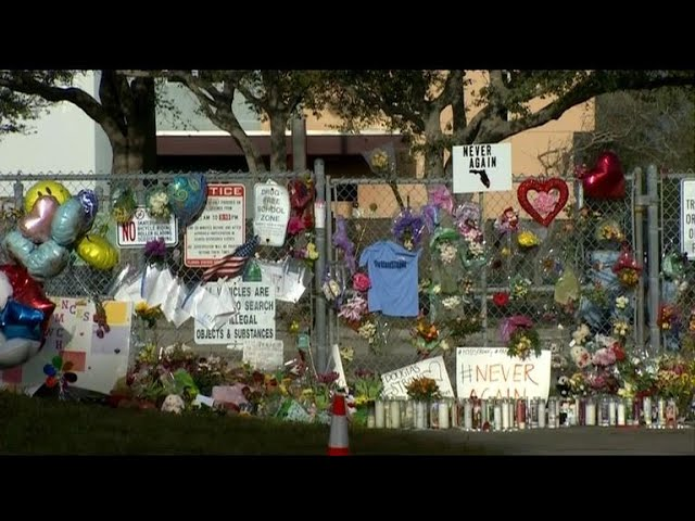 Students prepare to return to Stoneman Douglas HS for first time since shooting