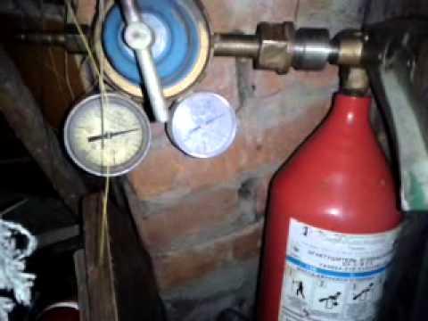 Эксперимент «Огнетушитель» из набора «Углекислый газ» - YouTube