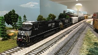 ScaleTrains HO Scale Norfolk Southern C44-9W Dash 9 Locomotive REVIEW & RUNBY