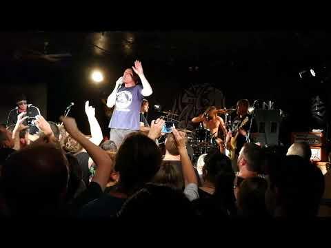 Ugly Kid Joe PANHANDLIN' PRINCE Live Brisbane December 2017